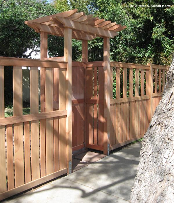 Craftsman vertical redwood fence gate claremont for Craftsman style fence